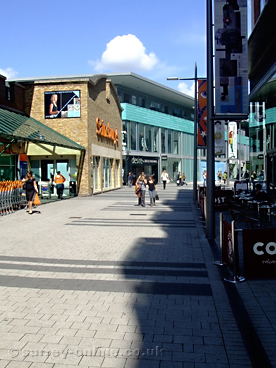 Picture of walton-on-thames-shopping-centre